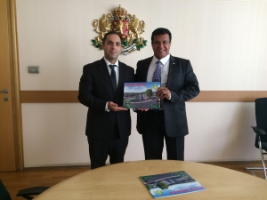 Mr Emil Karanikolov the Minister of Economy Met Mr Avinoam Katrieli President of BCCBI
